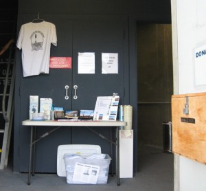 Merchandise display for top tour s